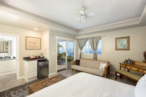 King suite Horizon Guest House Big Island Hawaii