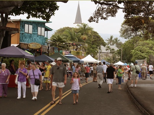 The Kona Street Market & Sunset Saturdays