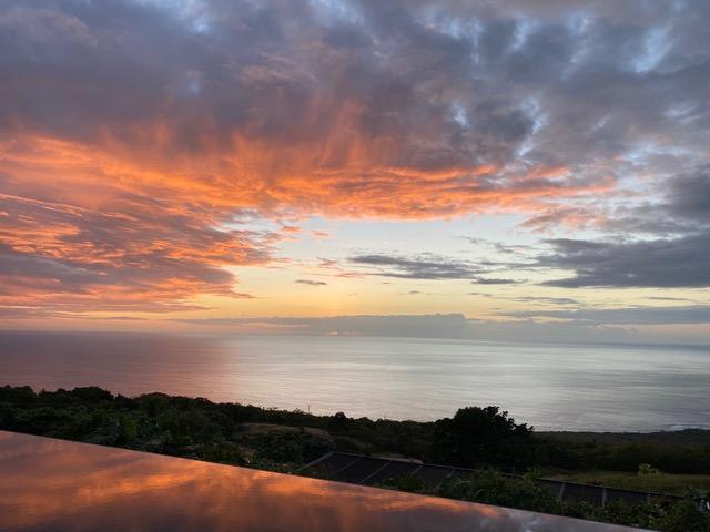 Sunset 3 Horizon B&B Kona