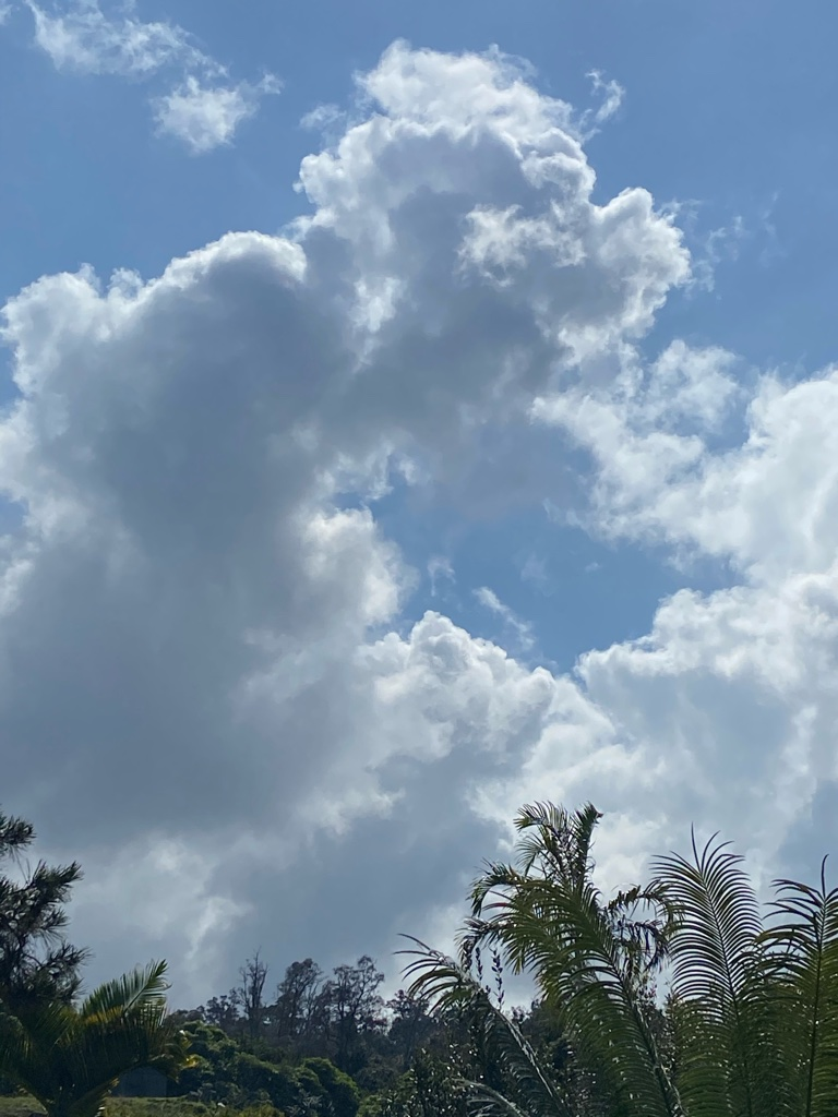 Clouds 3 Horizon Guest House Hawaii