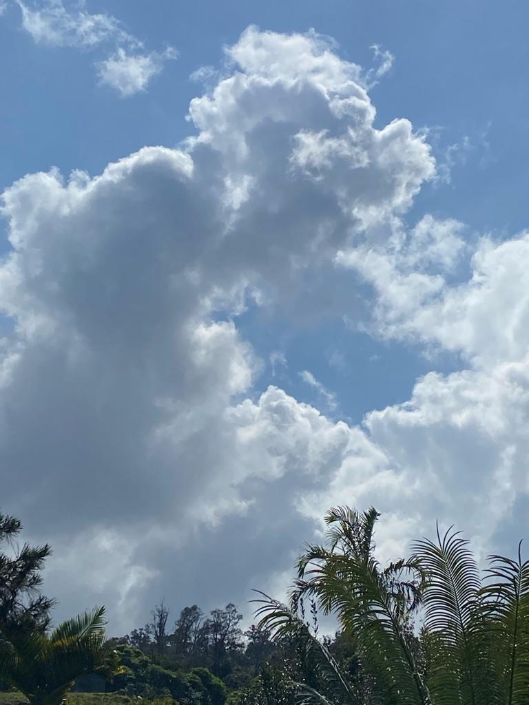 Clouds 3 Horizon Guest House Hawaii